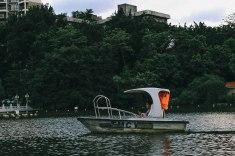 Lichi park lake ride